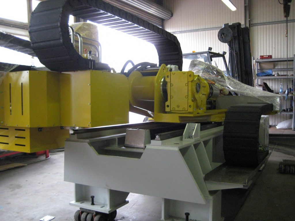rail stamping machine